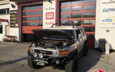TOYOTA FJ CRUISER 4.0 V6 VVT-i