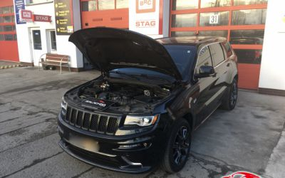 JEEP GRAND CHEROKEE 6.4 HEMI SRT V8