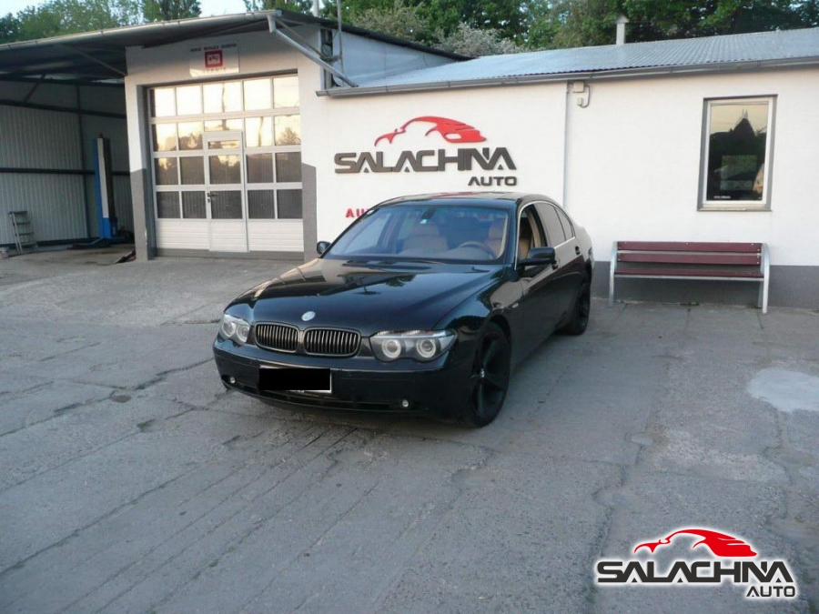 BMW 735 V8 E65