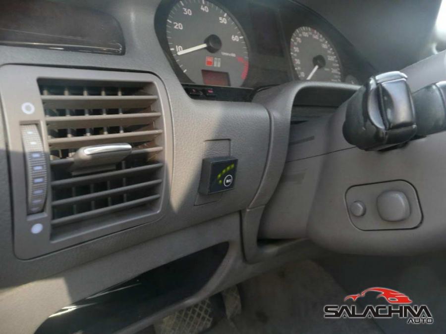 AUDI S8 4.2