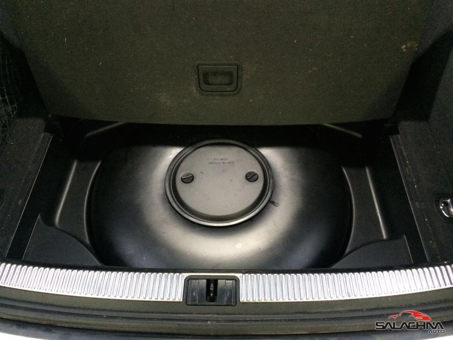 AUDI A4 2.4 V6