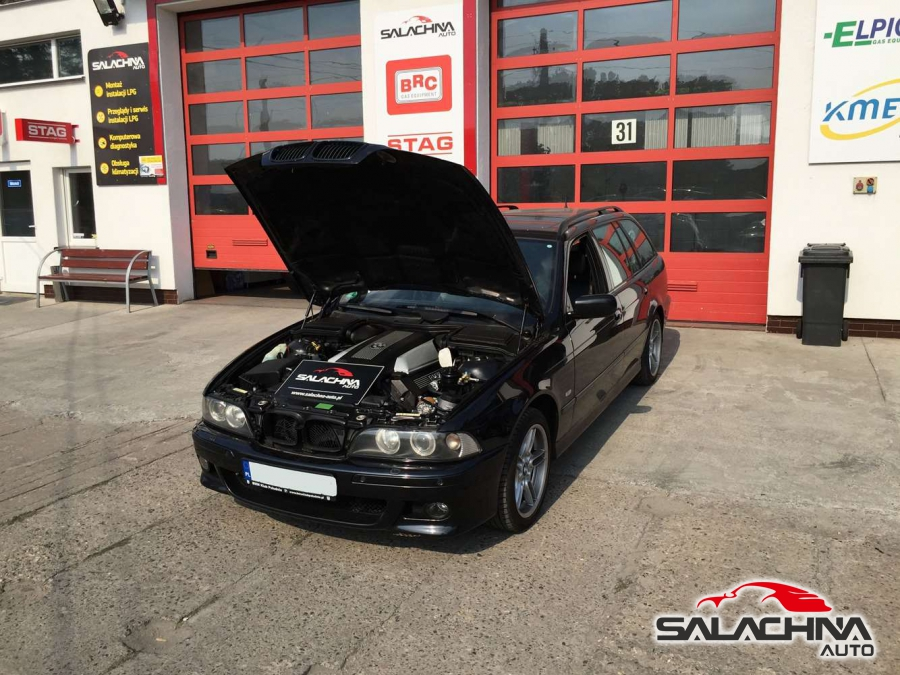 BMW E39 540 4.4 V8