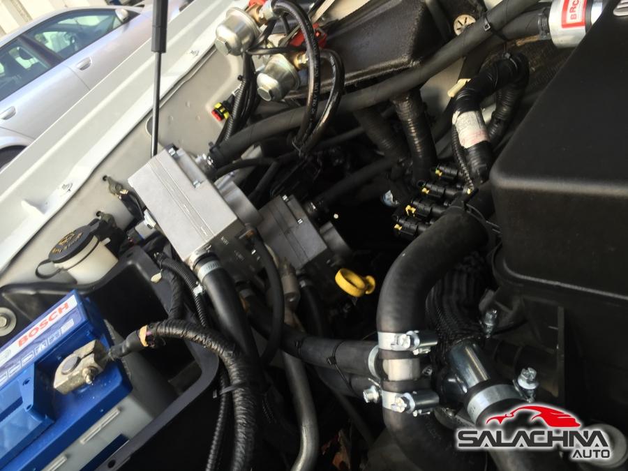 FORD F150 SVT RAPTOR 6.2 V8