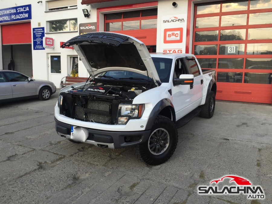 FORD F150 SVT RAPTOR 6.2 V8
